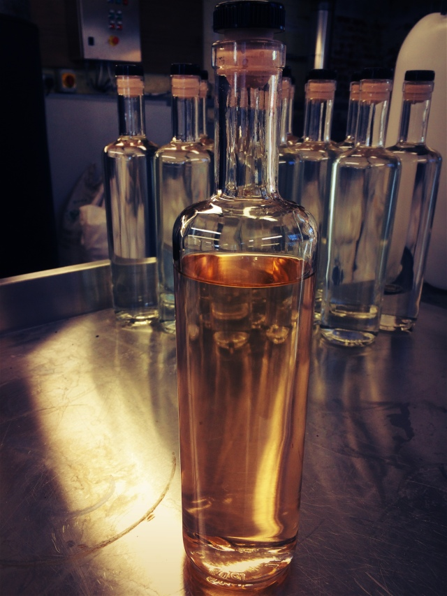 Oak Aged Gin Picture